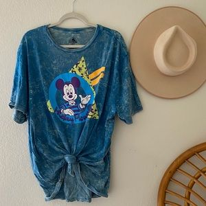 Disneyland Mickey Mouse 90s Throwback T-shirt